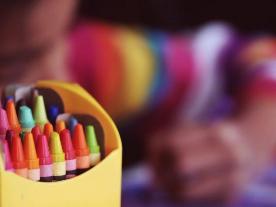 還在強迫你的孩子用右手寫字嗎?研究指出左撇子擁有的許多天生優勢,比如左撇子的思考速度可能更快、在某些運動佔優勢...