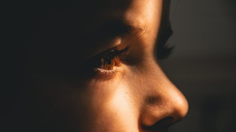 家庭暴力是會代代相傳的,被一個人打,卻又同時被愛著,那是多令人困惑的感受。