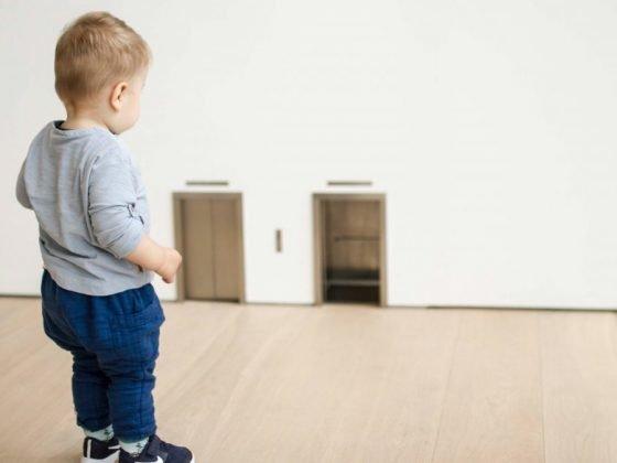 當孩子覺得沒有受到足夠關注時(或許是多了弟弟妹妹,又或是父母那陣子忙著別的事忽略了孩子...等等),有可能會用不聽話的方式來得到大人的負面關注,因為負面關注至少是一種關注,比沒有關注來得好。有時候我們甚至可以理解孩子這麼做只是為了獲取注意力,但是面對這種情況,到底身為父母的我們可以怎麼辦呢?